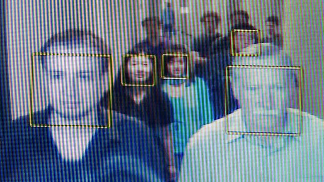 group-facial-recognition