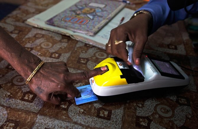 india-biometrics-public-distribution