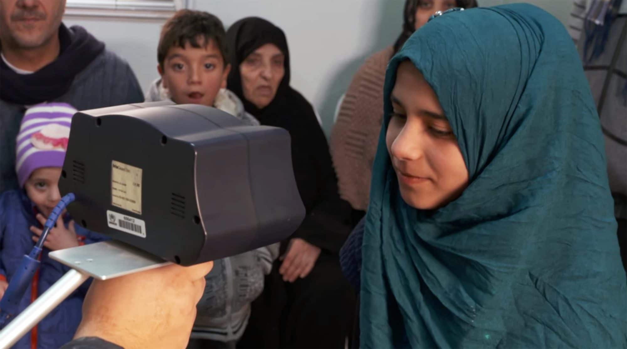 UNHCR uses biometric iris scanning to register hundreds of refugees