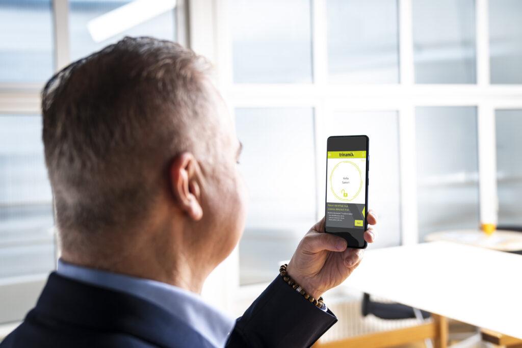 trinamiX in-display biometric face authentication platform improves smartphone design