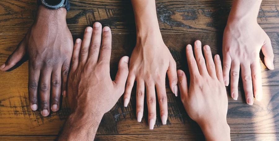 Researchers develop hand shape biometrics, suggest forensic application